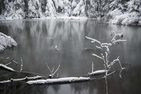 woodpondsnow.jpg
